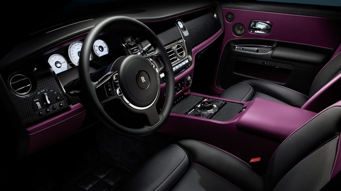2017-Rolls-Royce-Ghost-Series-ii-black-badge-interior