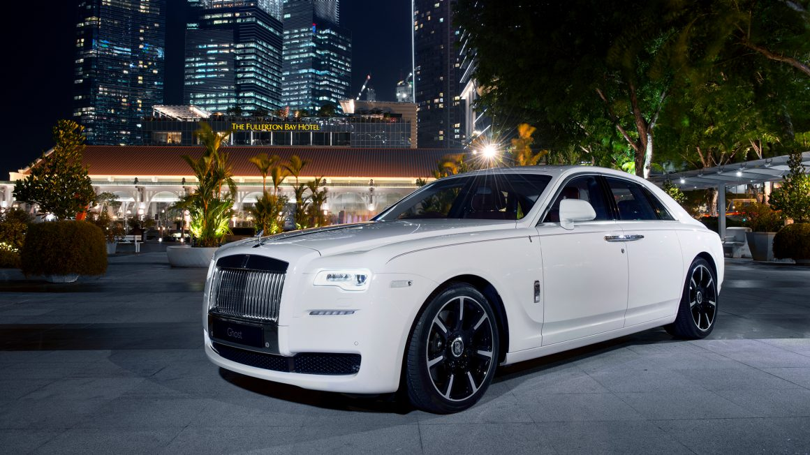 2017-Rolls-Royce-Ghost-Series-ii-look-book-3