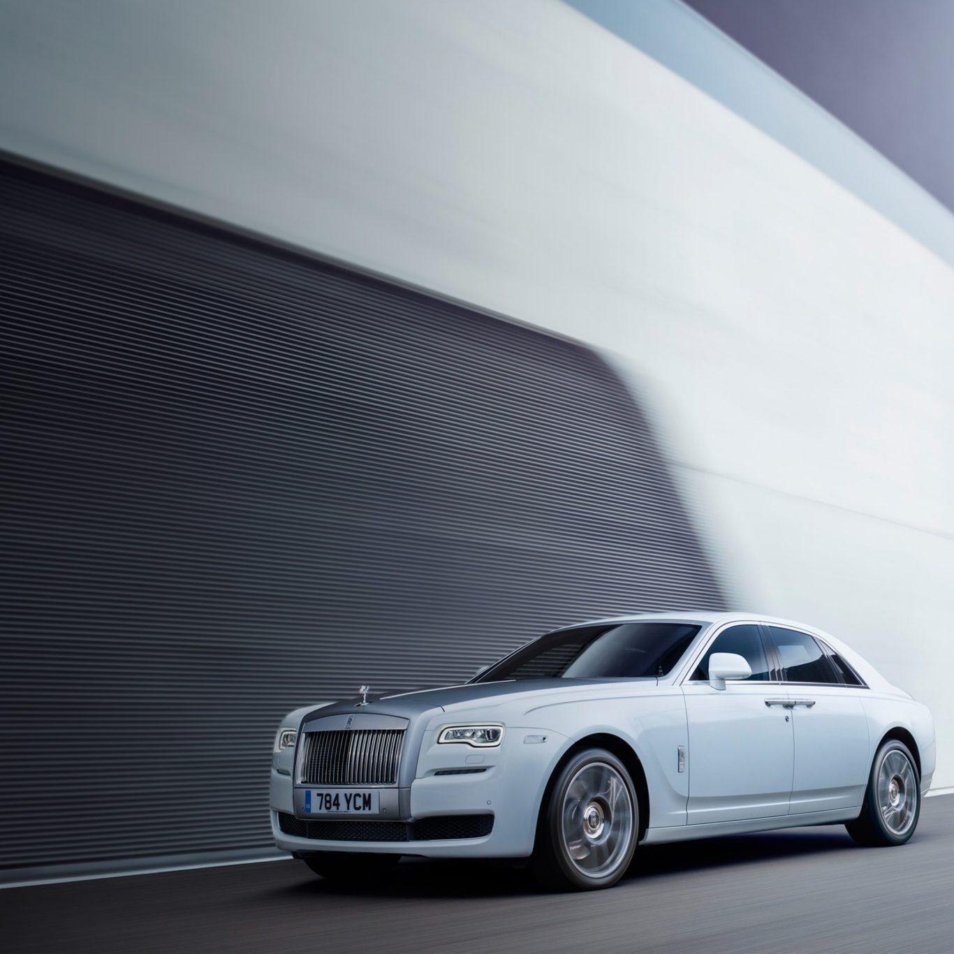 2017-Rolls-Royce-Ghost-Series-ii-look-book