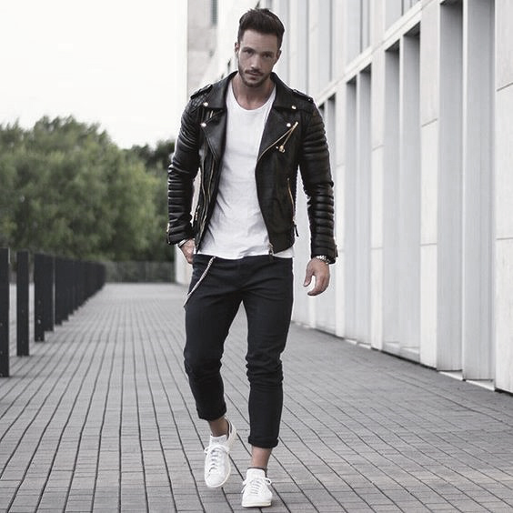 d5da2dd6d62d What to Wear With Black Jeans » Men s Guide