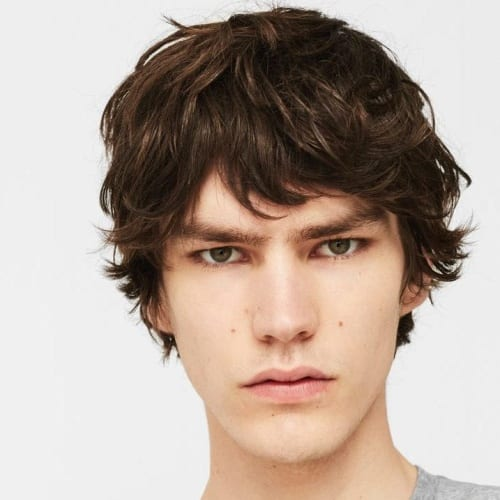 shaggy fringe hairstyle men